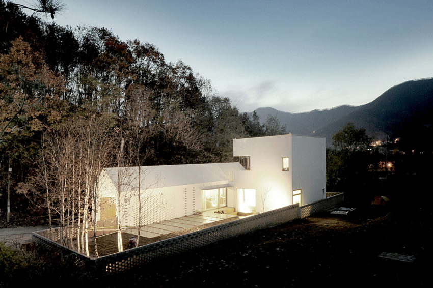 W+ House by 100 A (25)