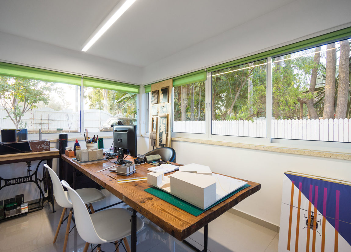 A House in a Moshav by Rotem Guy Interior Designer (13)
