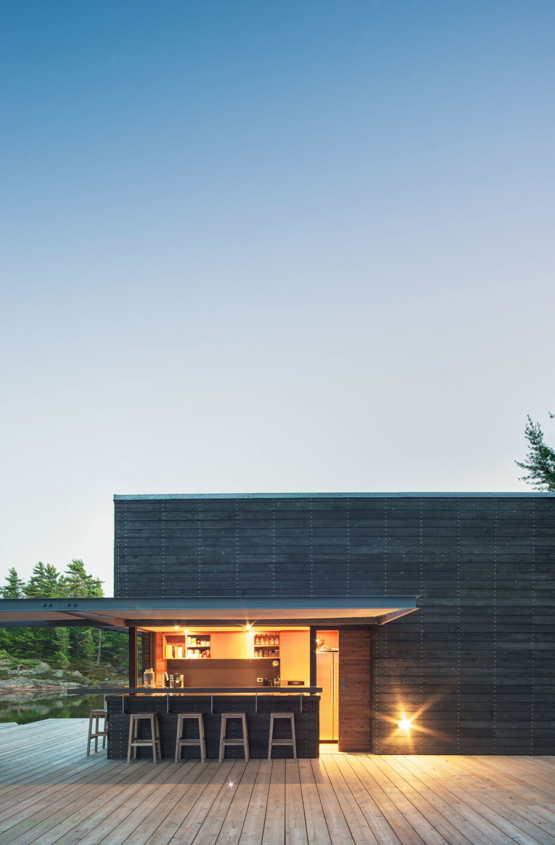 A Modern Boathouse by Weiss Architecture (8)