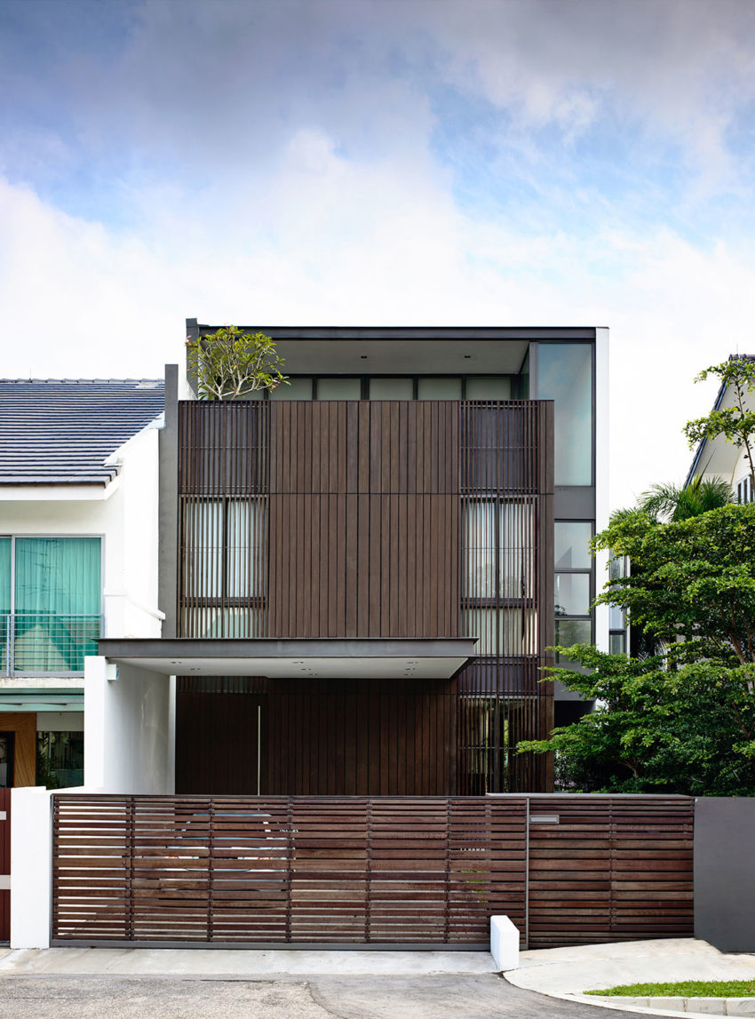 A Private Retreat by HYLA Architects (1)