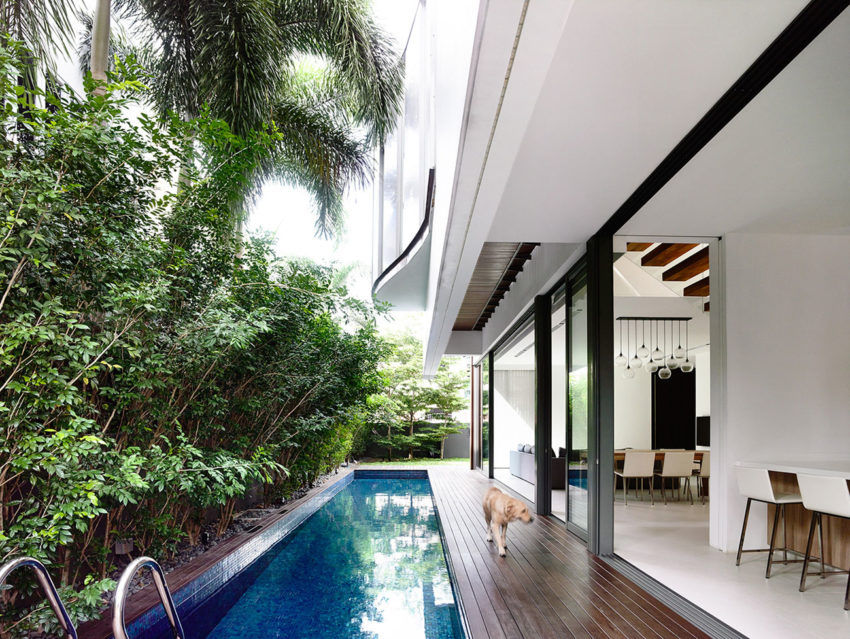 A Private Retreat by HYLA Architects (2)