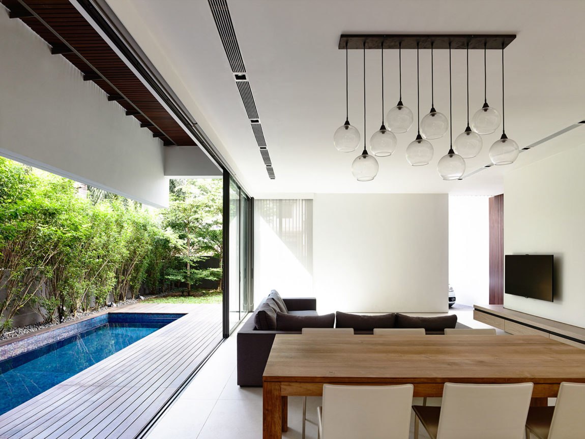A Private Retreat by HYLA Architects (3)