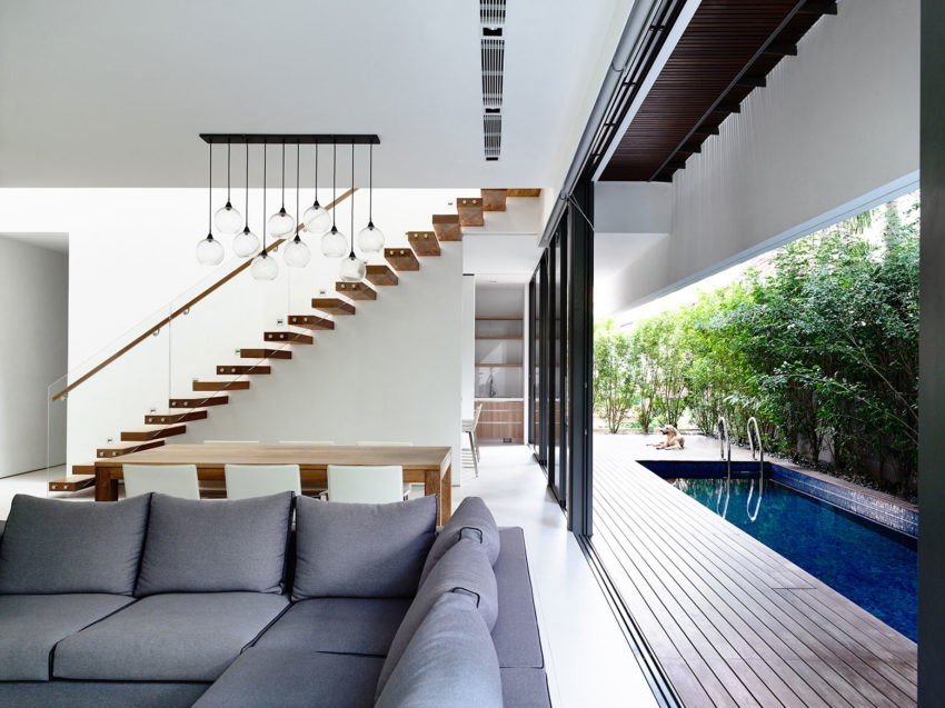 A Private Retreat by HYLA Architects (4)