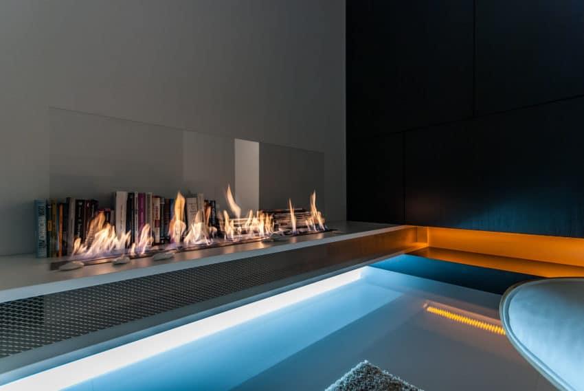 Amazing Slovakian Loft by Rado Rick Designers (7)