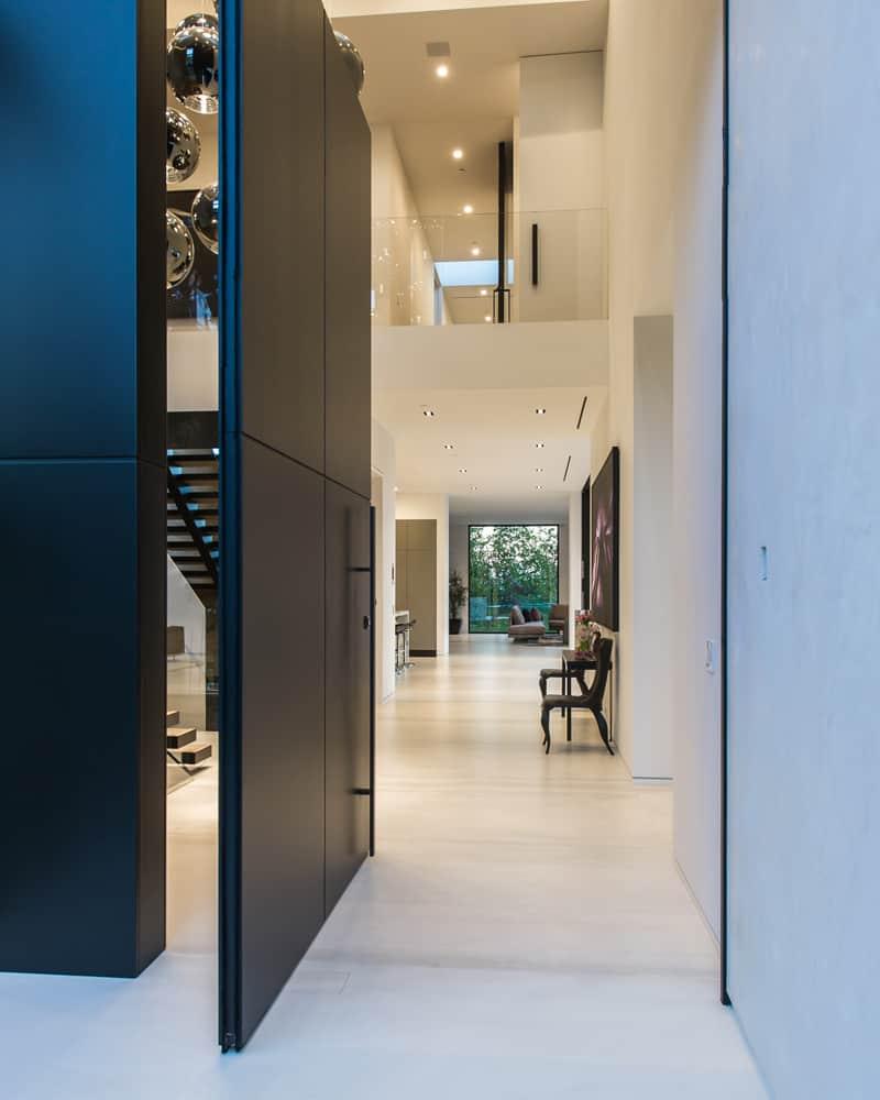 Beverly Grove Residence by Avi Osadon (2)