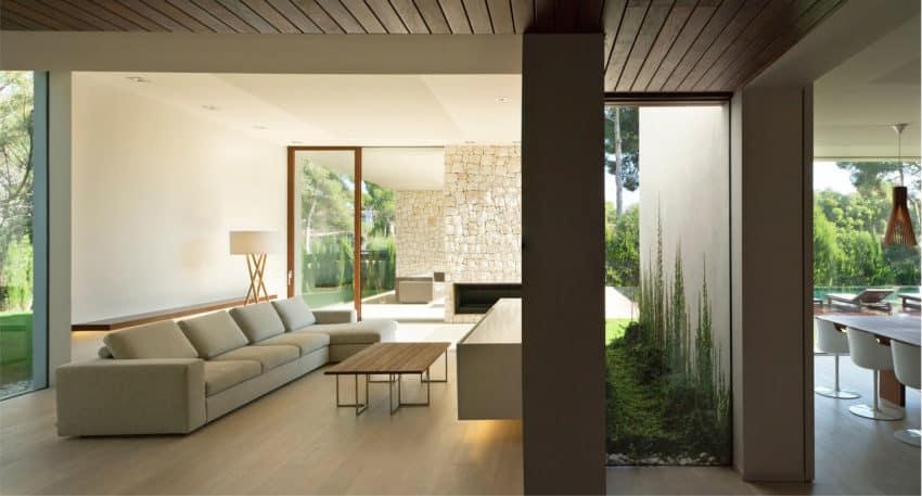 Casa el bosque by ramon esteve estudio for Casa minimalista bosque