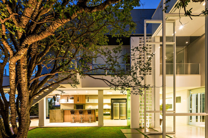 Casa Jabuticaba by Raffo Arquitetura (13)