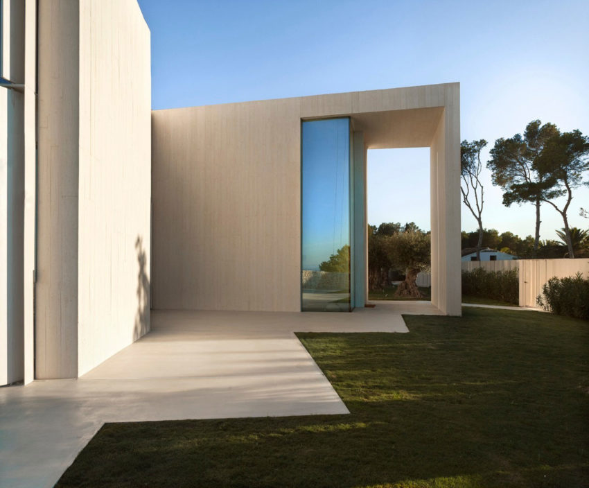 Casa Sardinera by Ramon Esteve Estudio (11)