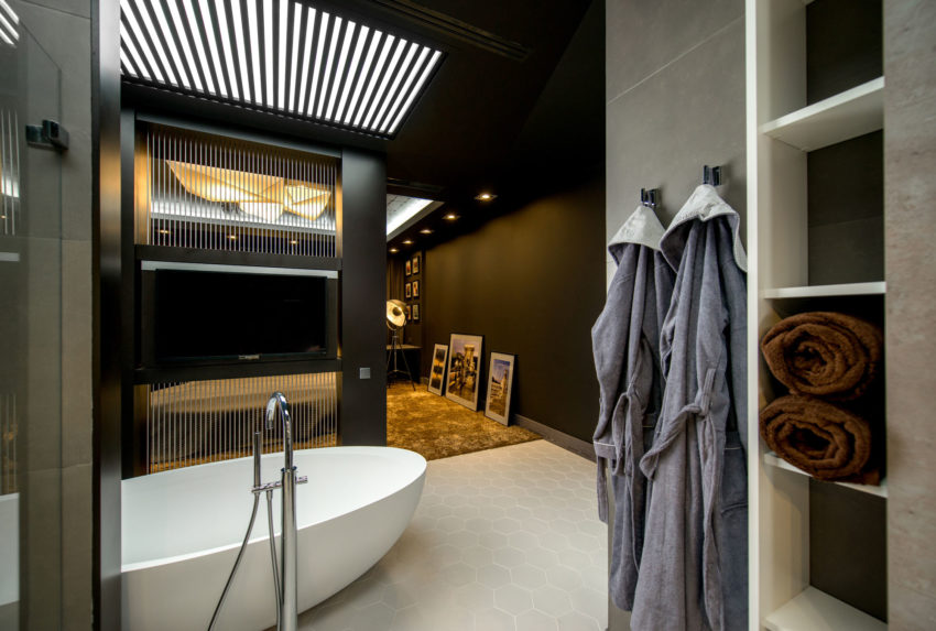 Footballer's Apartment in Lviv by ARS-IDEA (16)