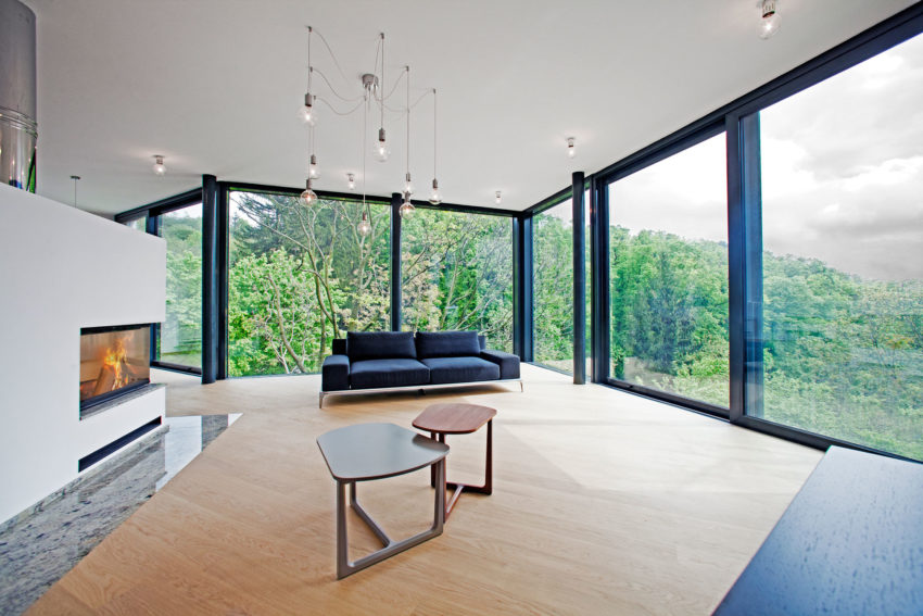 House Between The Trees By Architekti Šebo Lichý (5)