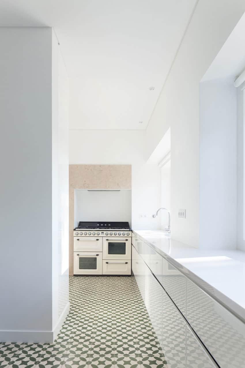 House in Estoril by TARGA atelier (7)