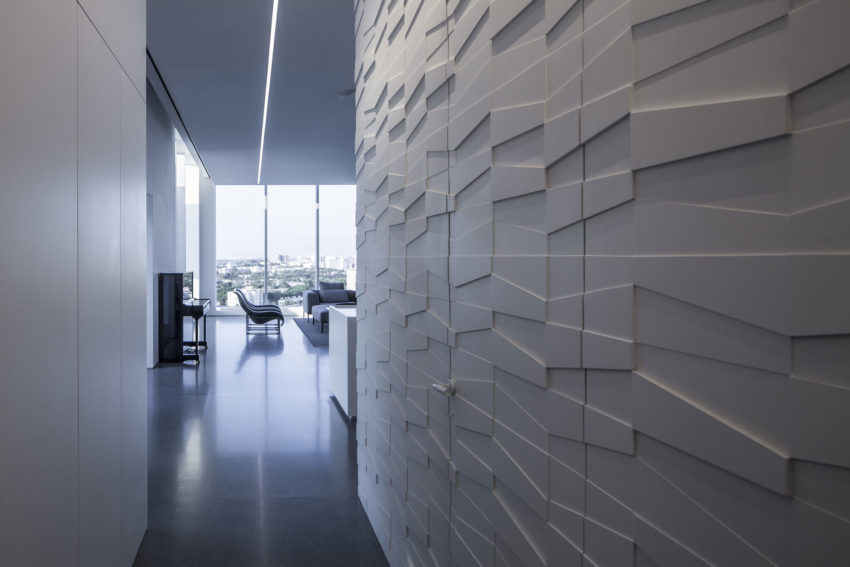 Layers of White by Pitsou Kedem Architects (5)