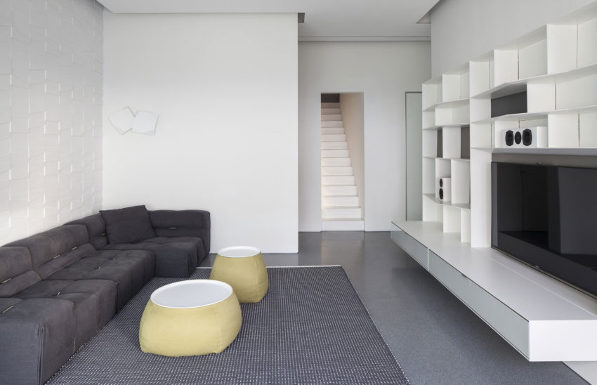 Layers of White by Pitsou Kedem Architects (12)