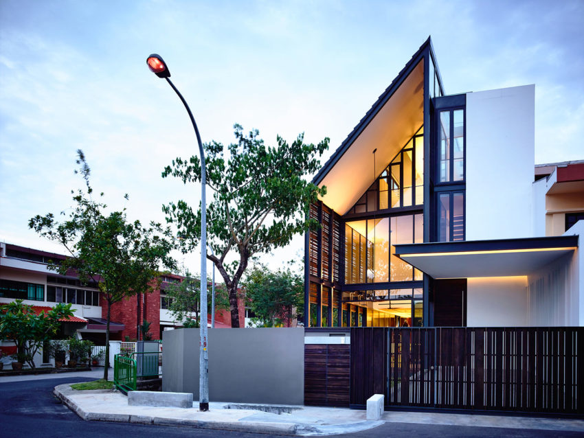 Lines of Light by HYLA Architects (23)