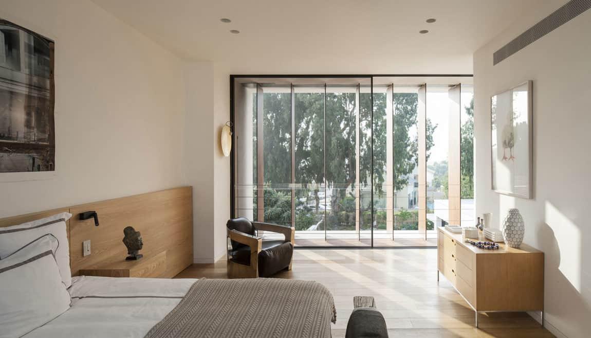 Mediterranean Villa by Paz Gersh Architects (12)