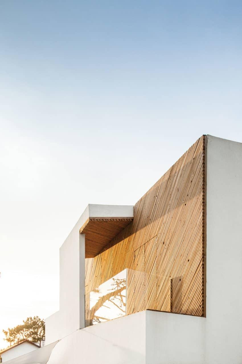 SilverWoodHouse by Ernesto Pereira (4)