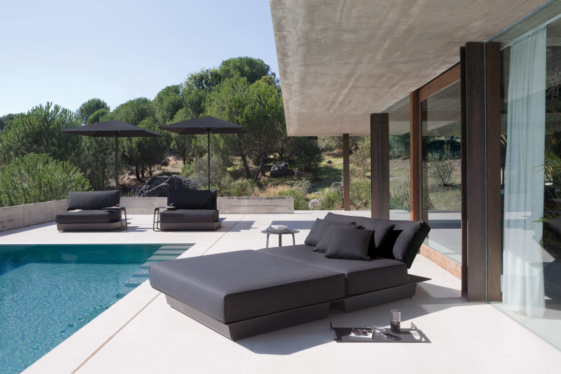 The Air Collection by Manutti Designer Studio (3)