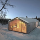 V Lodge by Reiulf Ramstad Arkitekter (17)