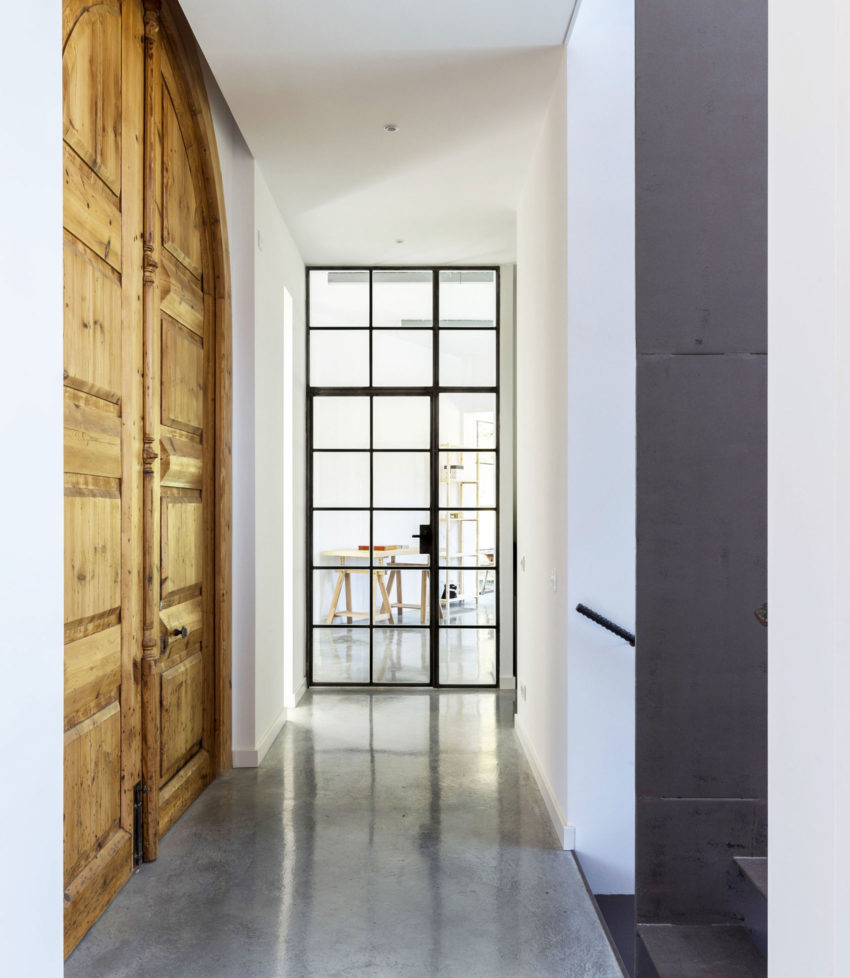 A House by 08023 Architecture + Design + Ideas (2)