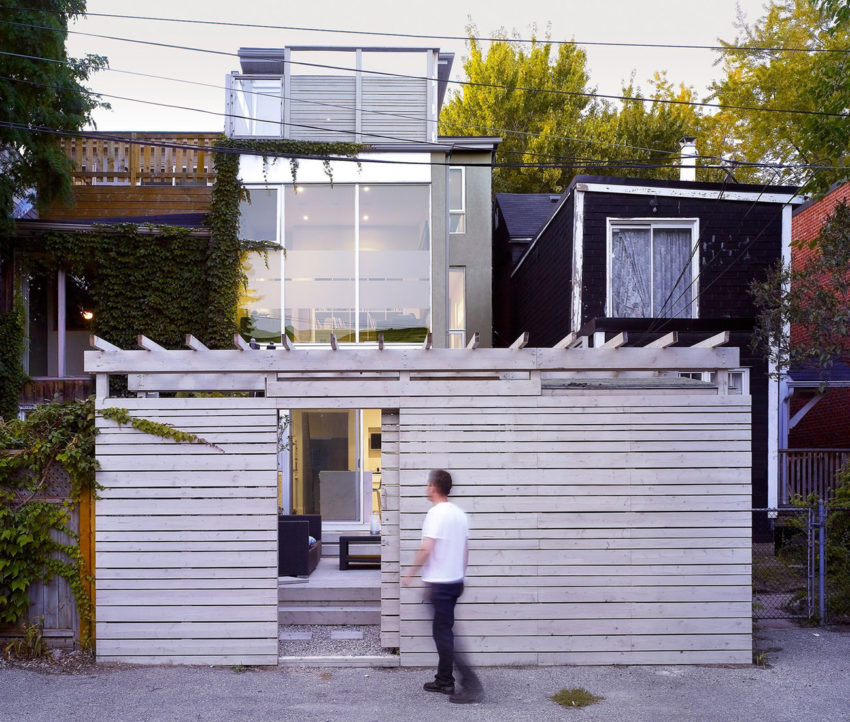 Cabbagetown Residence by DUBBELDAM Architecture + Design (1)