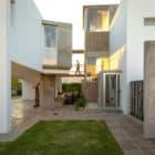 Casa La Santina by Bisio Arquitectos (12)