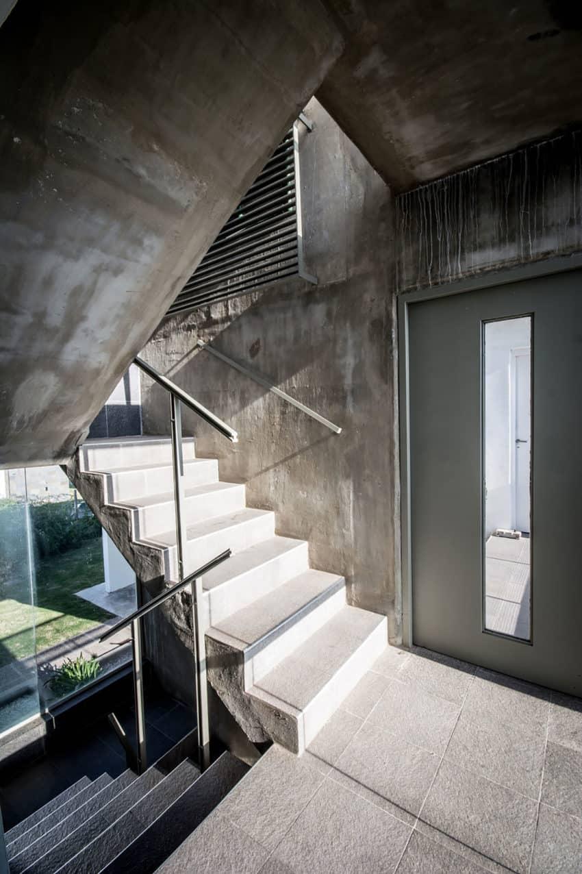Casa La Santina by Bisio Arquitectos (20)