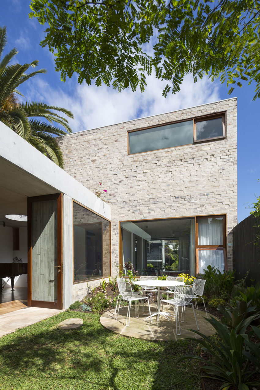 Courtyard House by Aileen Sage Architects (3)