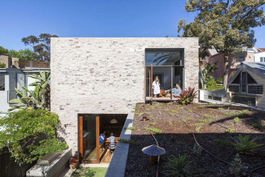 Courtyard House by Aileen Sage Architects (5)