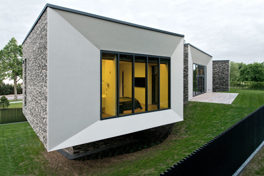Family House In Palanga II by UAB Architektu biuras (16)