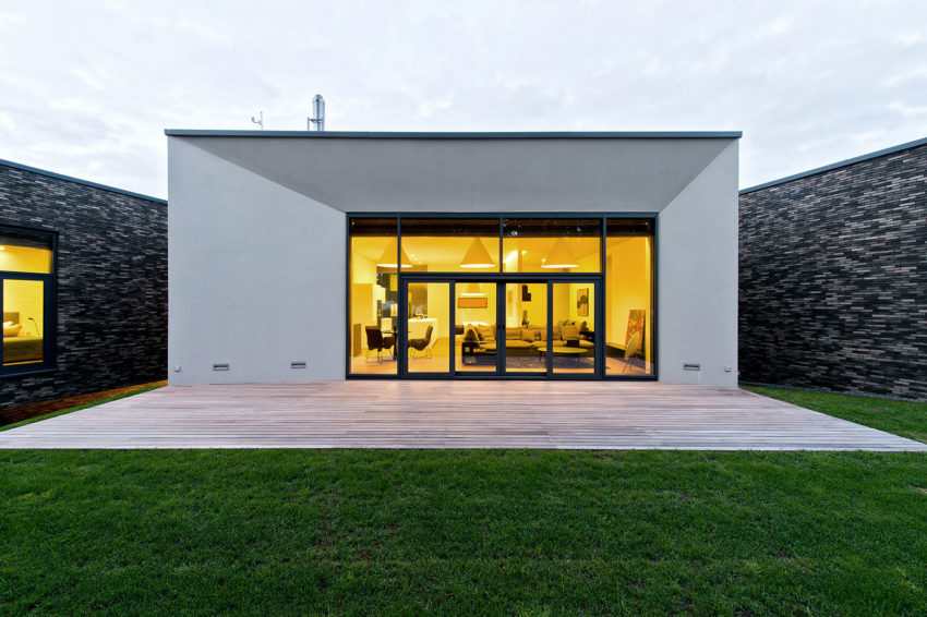 Family House In Palanga II by UAB Architektu biuras (20)