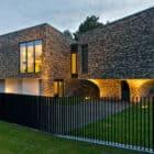 Family House In Palanga II by UAB Architektu biuras (23)