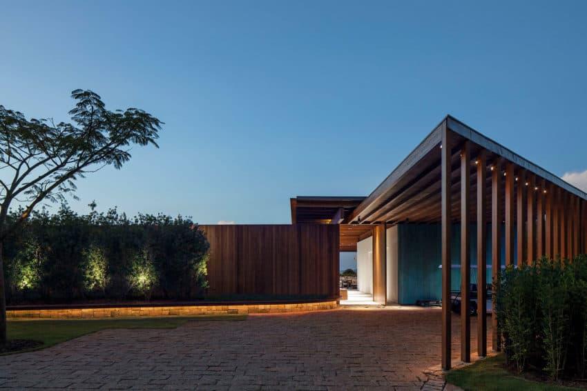 GCP House by Bernardes Arquitetura (15)