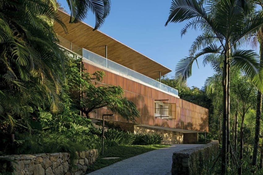 Delta House by Bernardes Arquitetura (1)