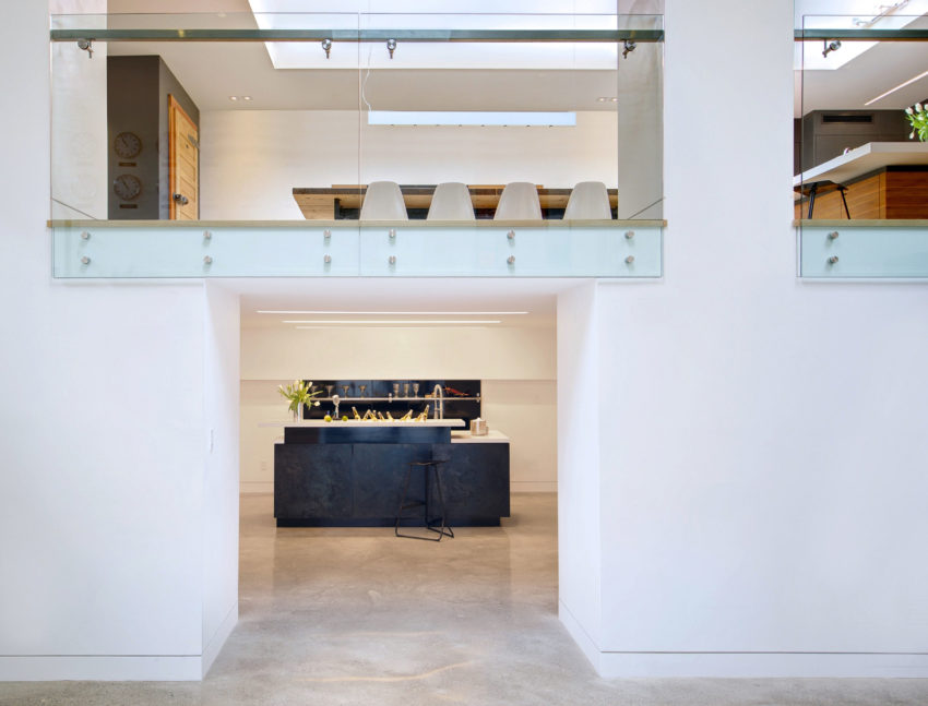 Mount Pleasant House by Roundabout Studio (17)