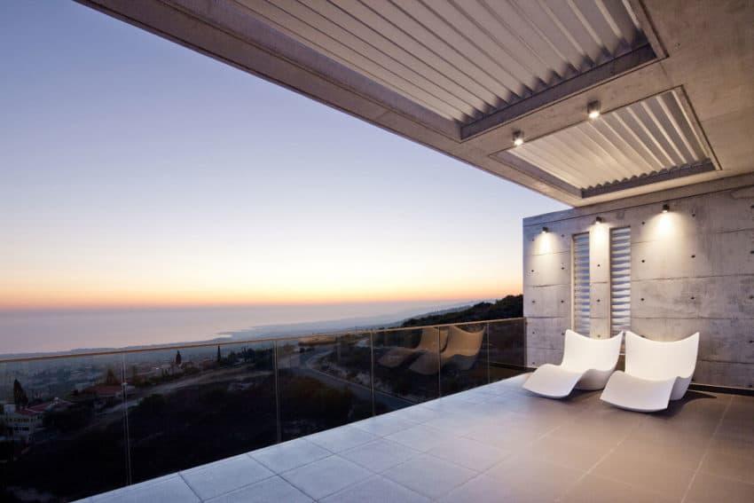 Podromos and Desi Residence by Vardastudio Architects (14)