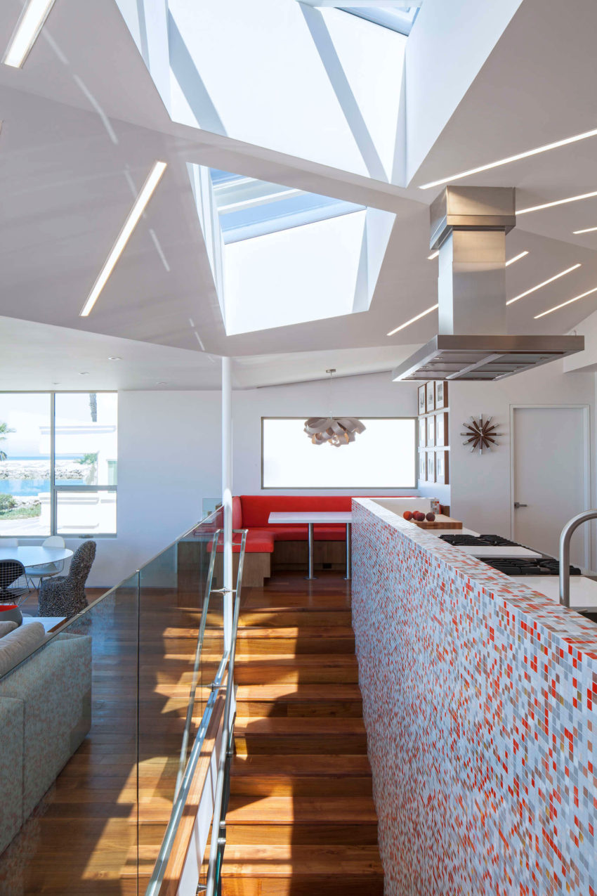 Silver Strand Beach House by ROBERT KERR architecture (7)