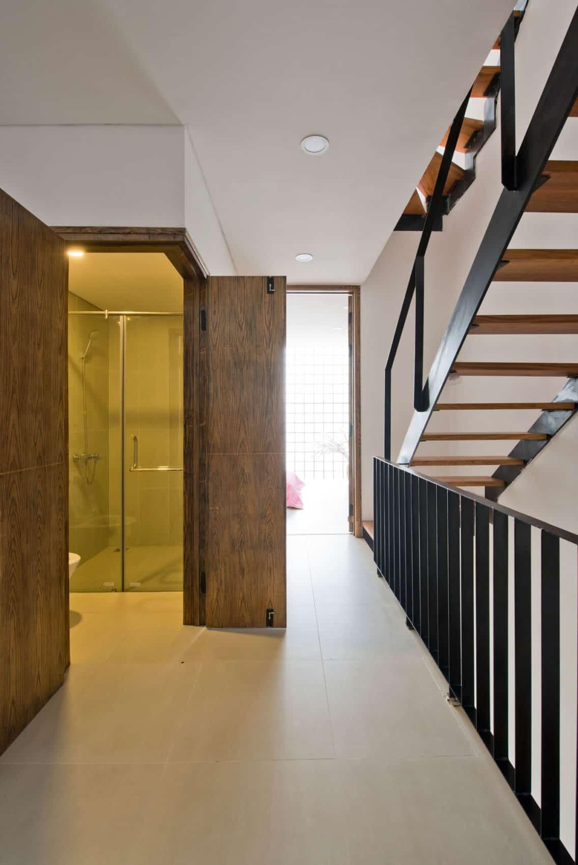 Narrow TT House in Hanoi by Adrei Studio Architecture (20)