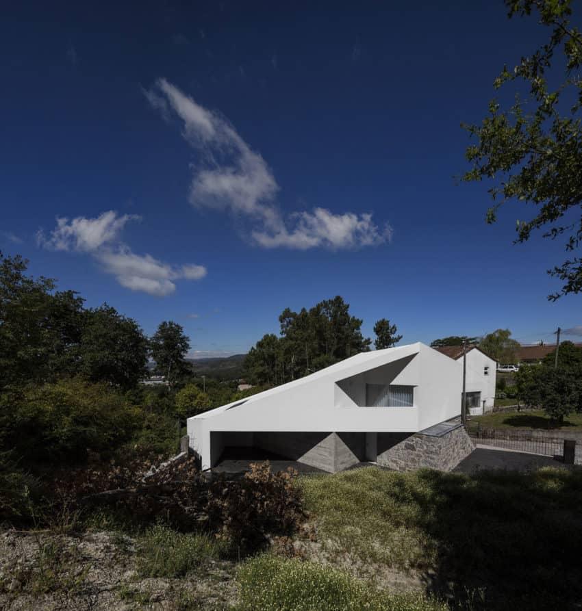 Taíde House by Rui Vieira Oliveira (2)