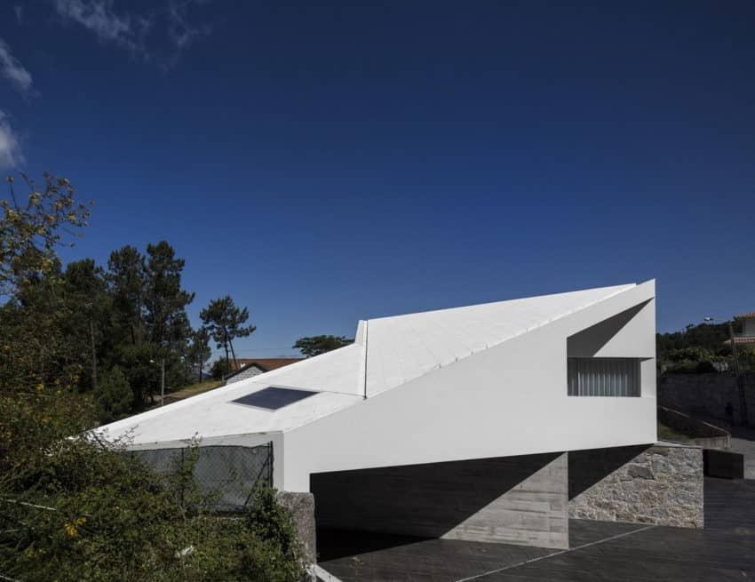 Taíde House by Rui Vieira Oliveira (4)
