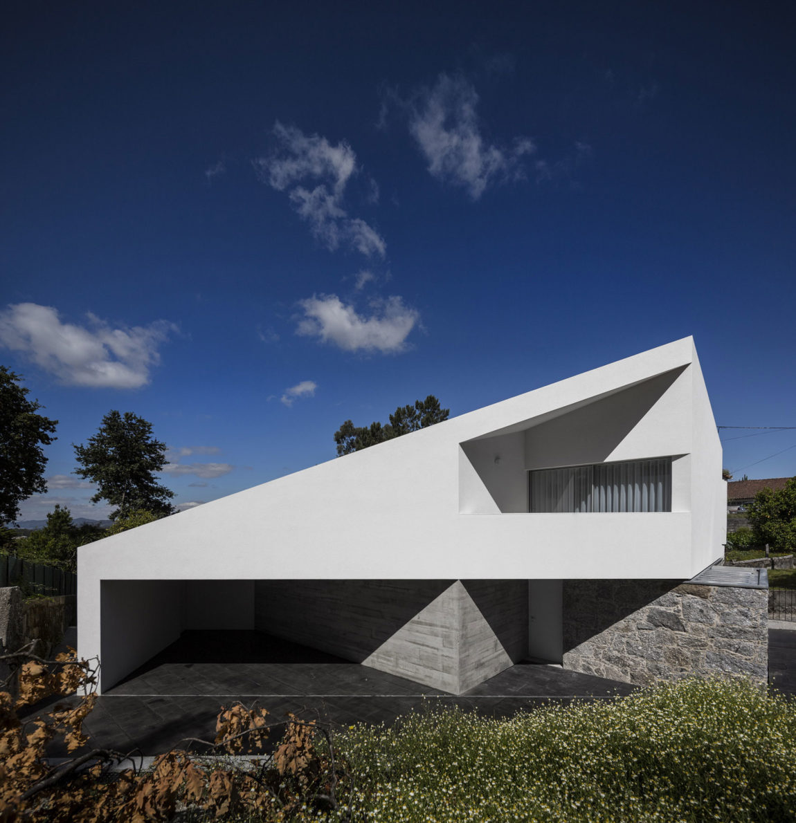 Taíde House by Rui Vieira Oliveira (6)