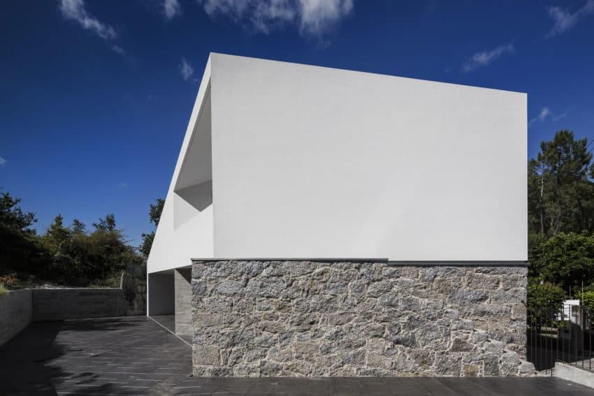 Taíde House by Rui Vieira Oliveira (12)