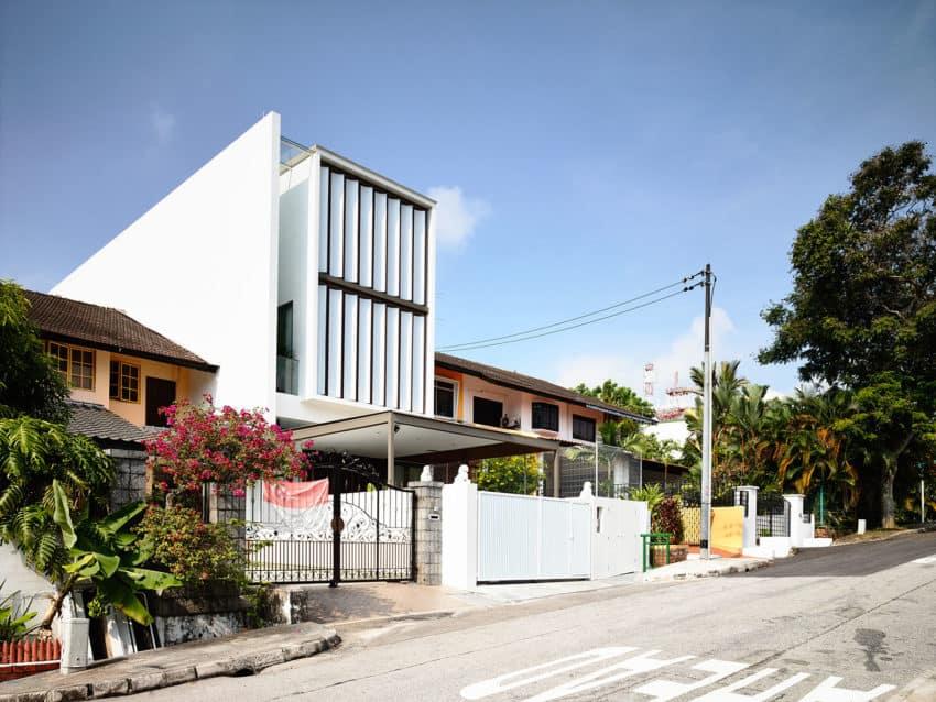To Catch A Breeze by HYLA Architects (1)