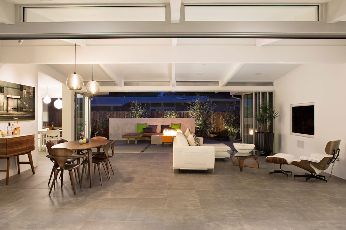 Truly Open Eichler Home by Klopf Architecture (27)