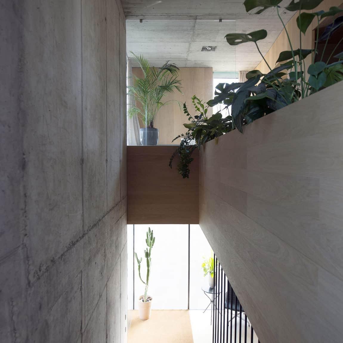 Villa Criss-Cross Envelope by OFIS Architects (13)