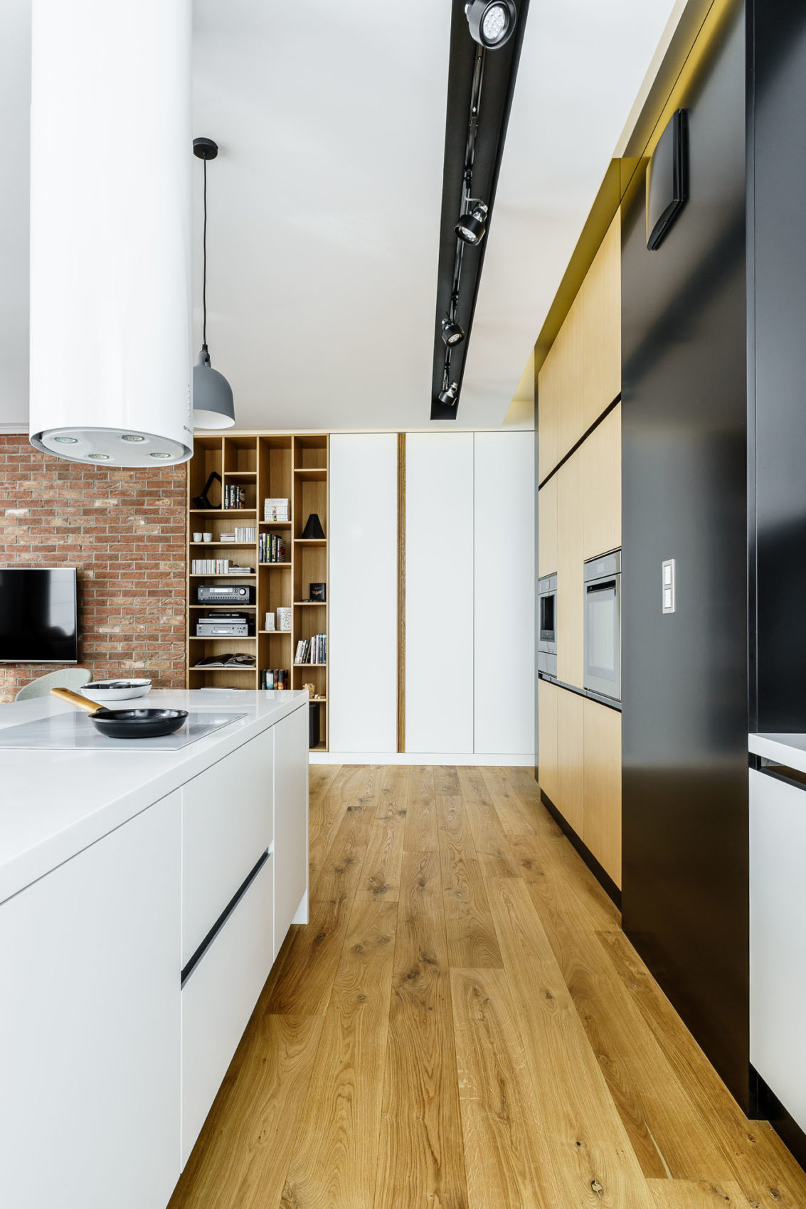 Top Floor Apartment in Gdynia by Dragon Art (17)