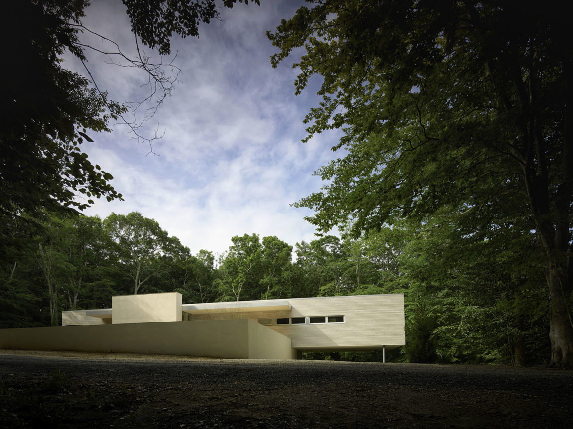 Green Woods House by Stelle Lomont Rouhani Architects (1)