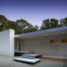 Green Woods House by Stelle Lomont Rouhani Architects (8)