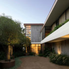Harbour Front-Row Seat by Luigi Rosselli Architects (23)