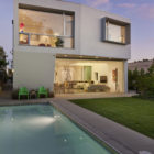Holleb Residence by John Friedman Alice Kimm Architects (10)