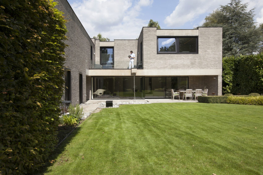 House N Hasselt by MASSARCHITECTS (3)